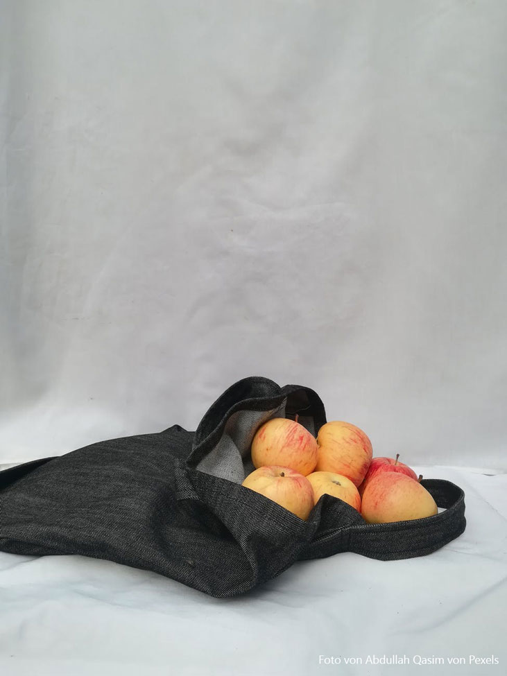 Mehrweg-Tasche helfen immer unnötigen Müll zu vermeiden